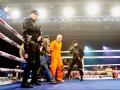 Зек Беринчик и нокдаун Постола: лучшие фото с вечера бокса в Киеве