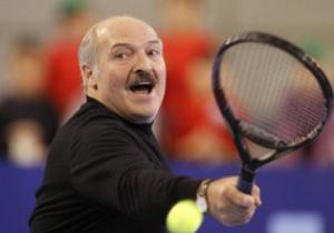Лукашенко проиграл Азаренко и Возняцки