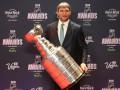 Овечкин привез Кубок Стэнли в Россию и наполнил его черной икрой