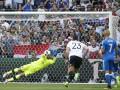 Незабитый пенальти Озила в матче Германия - Словакия