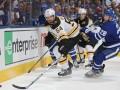НХЛ: Торонто был сильнее Бостона, Вашингтон обыграл Коламбус