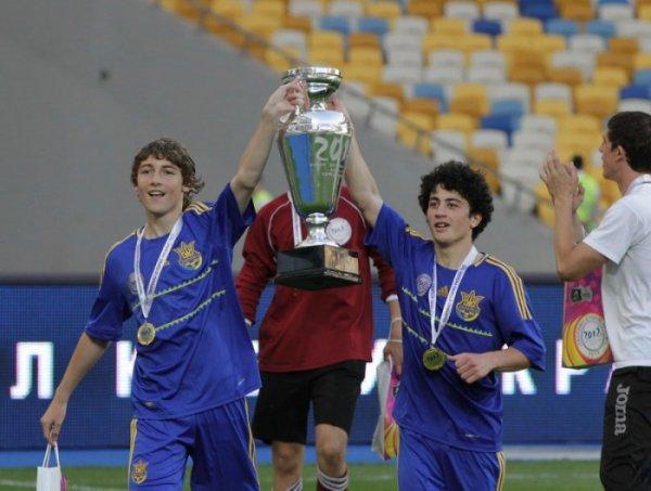 Сумчане со Школьным Кубком Евро-2012