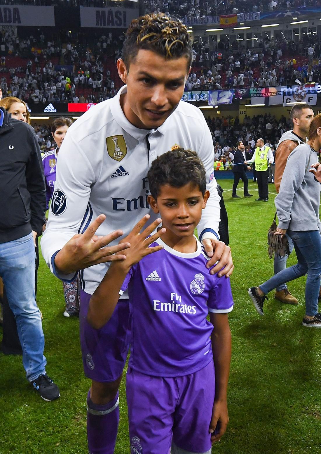 Роналду с сыном после финала ЛЧ