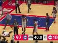 У американского баскетболиста остановилось сердце за 40 секунд до конца матча