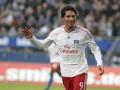 Нападающего Гамбурга дисквалифицировали на восемь матчей за грубейший фол против вратаря