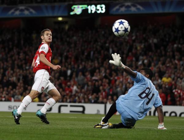 Арсенал сумел забить португальцам 6 голов/Reuters