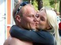 Пилот Формулы-1 сделал предложение самой очаровательной пловчихе Финляндии