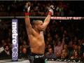 UFC 210: Кормье победил Джонсона удушающим приемом
