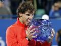 Надаль переиграл Федерера в финале турнира в Абу-Даби