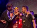 Швайнштайгер празднует победу в Лиге чемпионов в шарфе сборной Украины