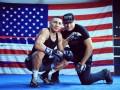 Отец американского боксера угрожал команде Ломаченко и требовал бой с украинцем