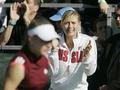 Олимпиада-2008: Шарапову отговаривают нести флаг России