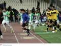 Болельщики в Греции сорвали матч после забитого гола (ФОТО, ВИДЕО)