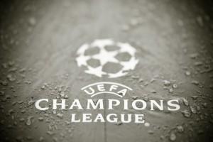 УЕФА разрешил пускать гостевых болельщиков на матчи еврокубков