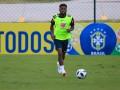 Фред травмировался на тренировке сборной Бразилии после подката сзади от Каземиро