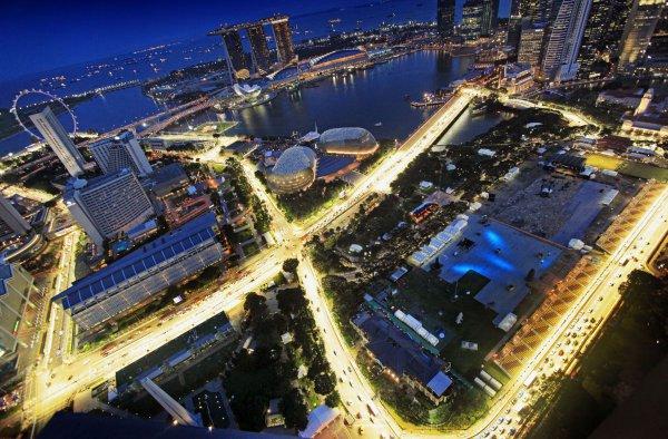 В Сингапуре пройдет 14-й этап чемпионата Формулы-1