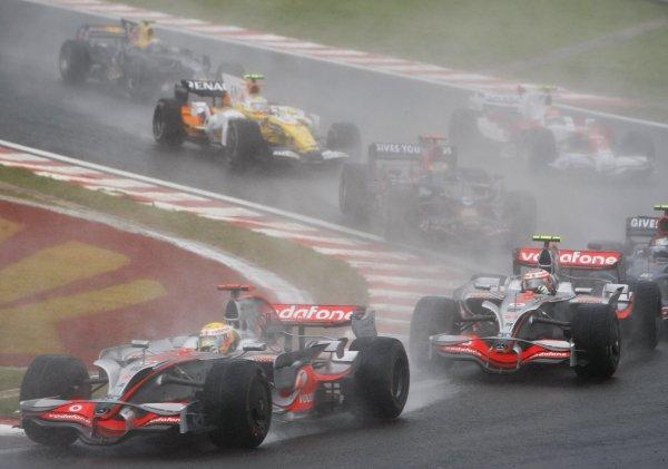 Часто гонка сопровождается дождем