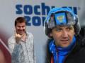 Тренер сборной России по биатлону в аэропорту подрался с комментатором - источник
