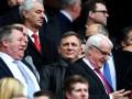 Джеймс Бонд пришел болеть за Ливерпуль на матч против Эвертона