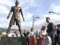 В Португалии Криштиану Роналду открыл памятник самому себе