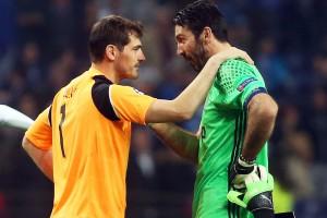 Касильяс и Буффон трогательно обменялись футболками после матча Порту – Ювентус