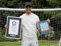 Защитник Ливерпуля вошел в Книгу рекордов Гиннесса