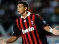 Лидер защиты Милана пропустит матч против Барселоны