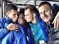 Прикол дня: Игроки сборной Украины зацеловали футболиста (+ФОТО)