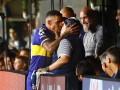 Тевес поцеловал Марадону в губы перед тем, как выиграть чемпионство с Бокой Хуниорс