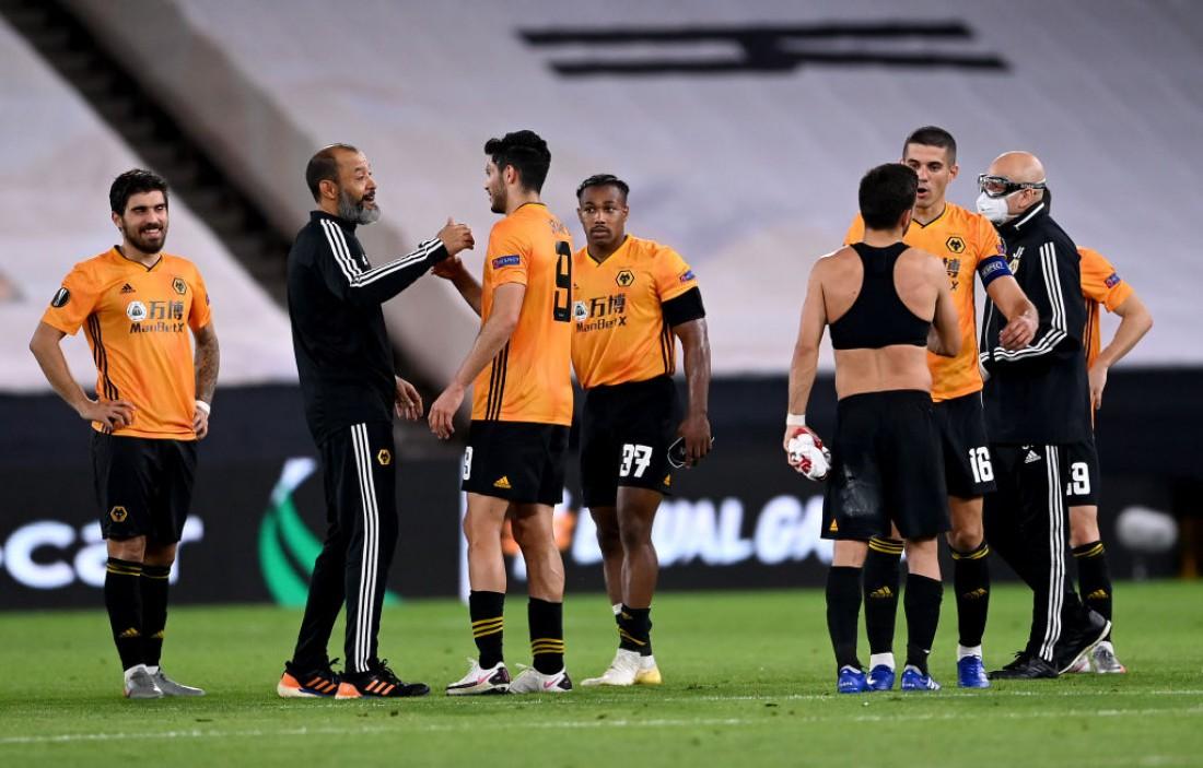 Вулверхэмптон обыграл Олимпиакос и вышел в 1/4 финала Лиги Европы