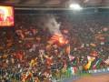 Две сотни фанатов забросали камнями и яйцами автобус Ромы - СМИ