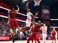 НБА: Атланта не без труда выиграла у Кливленда, Нью-Йорк сокрушительно проиграл Юте