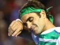 Федерер перенес операцию на колене