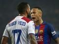 Неймар толкнул с летницы игрока Гранады по окончании матча