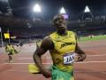 Оператор снес Усэйна Болта во время празднования победы на 200-метровке