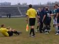 Суровый украинский футбол: Арбитр, побывав в нокдауне, отменил пенальти
