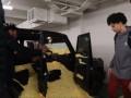 Адетокумбо наполнил автомобиль новичка Бакс попкорном