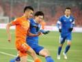 Охранники избили дубинками футболистов китайской команды во время перерыва