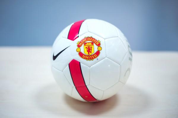 Выиграй мяч Манчестер Юнайтед от СПОРТ bigmir)net