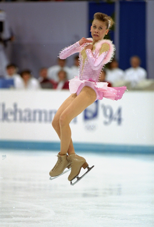 Оксана Баюл во время исполнения произвольной программы на Олимпиаде-1994 в Лиллехаммере