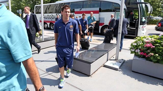 Барселона прилетела в Мюнхен на товарищескую встречу с Баварией