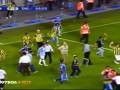 Турецкий бунт. Фанаты Фенербахче срывают матч с Шахтером
