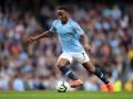 Стерлинг не может договориться с Манчестер Сити об условиях нового контракта