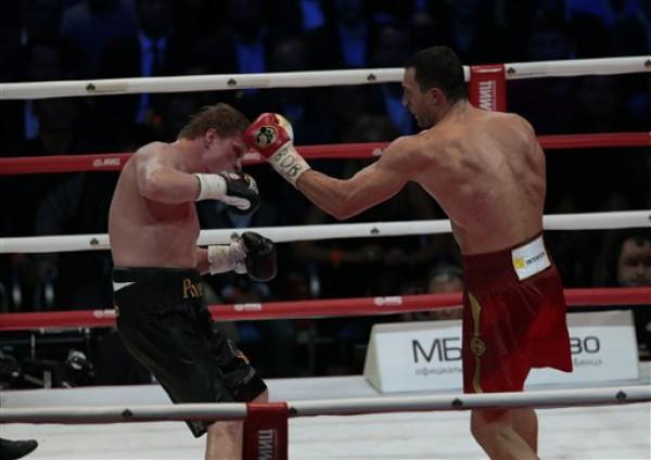 Кличко в Москве победил Поветкина