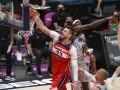 Лень травмировался в матче НБА против Детройта
