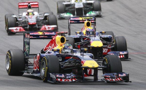 Red Bull уверенно провели Гран-при Бразилии