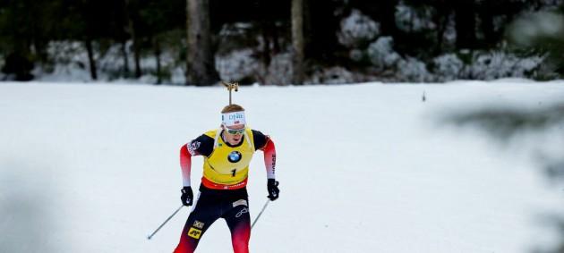 Бе выиграл спринт в Хохфильцене, Прима и Пидручный финишировали в топ-40