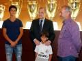 Сирийский беженец попал на прием к президенту Реала и получил работу тренером
