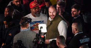 Тайсон Фьюри встретился с Бриггсом на вечере бокса в Манчестере