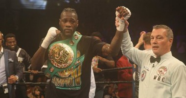 Уайлдер защитил титул чемпиона по версии WBC